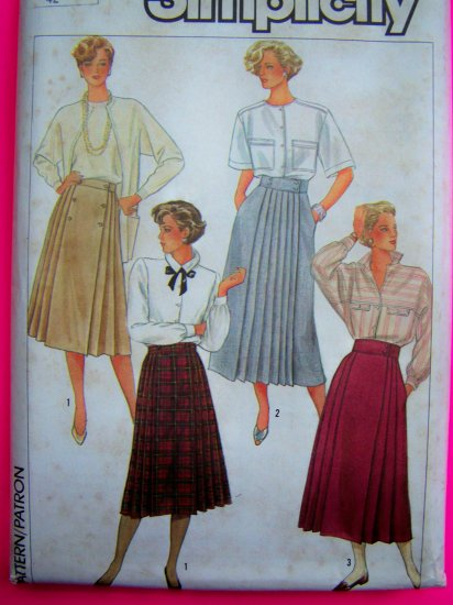 1980's Wrap Skirts 14 Front & Back Pleats Double Breasted Skirt Vintage Sewing Pattern 6992