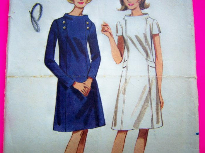Vintage Sewing Pattern 1960s Mod Dress A Line Skirt Space Age Stand Away Collar 4222