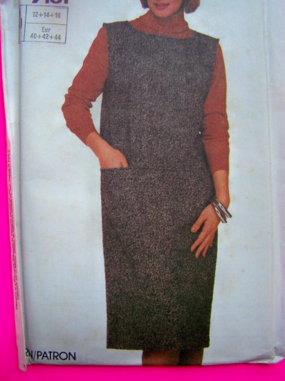 1980s Easy to sew Jumper Dress Vintage Sewing Pattern 7101