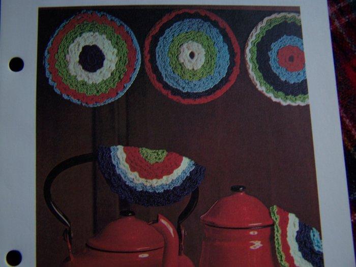 Vintage Crochet Pattern Pot Luck Potholders Kitchen Decor 1 Cent USA S&H