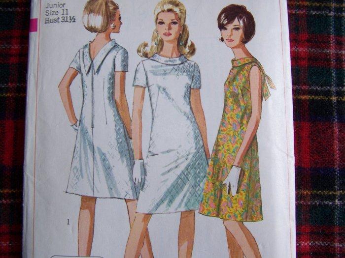 Easy Vintage A Line Dress Sewing Pattern 7129 Juniors 11 Deep V Back