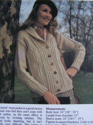USA 1 Cent S&H Vintage KNitting Pattern Womens Aran Style Sweater Jacket