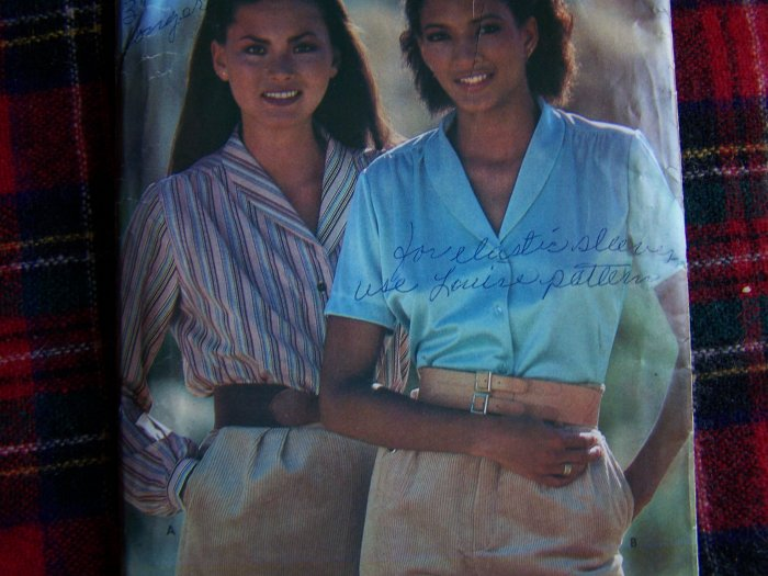 1 Cent USA S&H Misses Vintage Blouse Sz 14 Sewing Pattern 6643