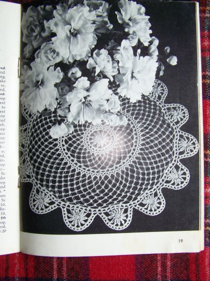 Vintage 1960's Doily Patterns Book Hairpin Lace Tatted Rick Rack Beaded Crocheting