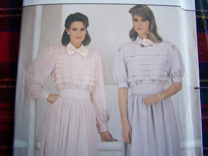 80's Vintage Dress Sewing Pattern 6428 Tucked Front Flared Pleated SKirt Sz 12