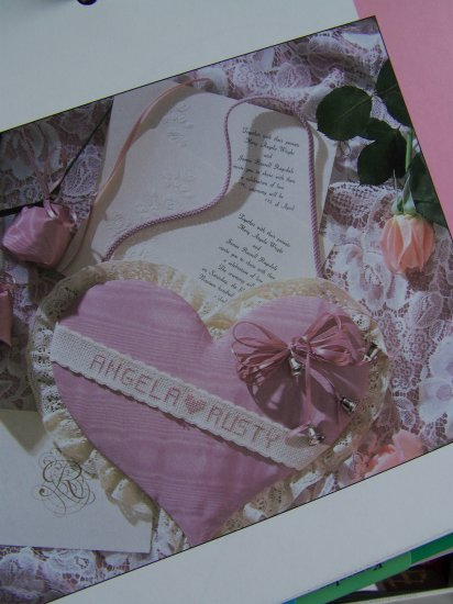 USA 50 Cent S&H Lacy Heart Cardholder Wedding Gift Personalize Embroidery