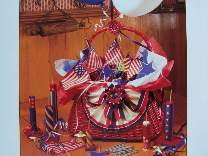 Patriotic 4th of July Independence Day Welcome Home Troops Bows Fireworks Pattern