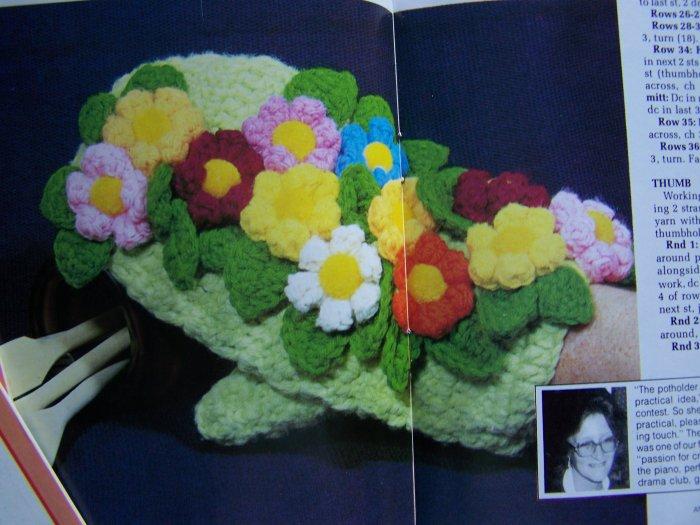 Vintage Annie's Pattern Club Book # 5 Oct Nov 1981 Monkey Doll Hamburger Flower Oven Mitt Patterns