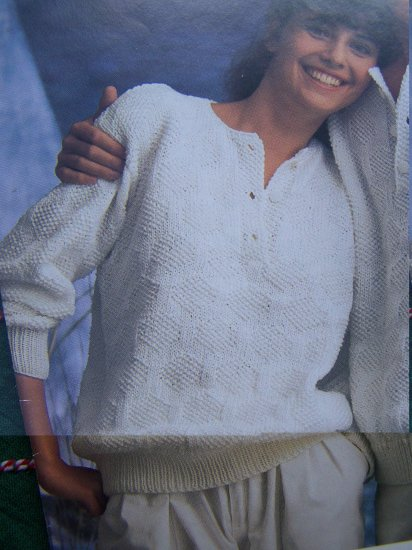 Retro Misses or Men's Pullover Knit Sweaters Patterns 3 Button Placket 5263