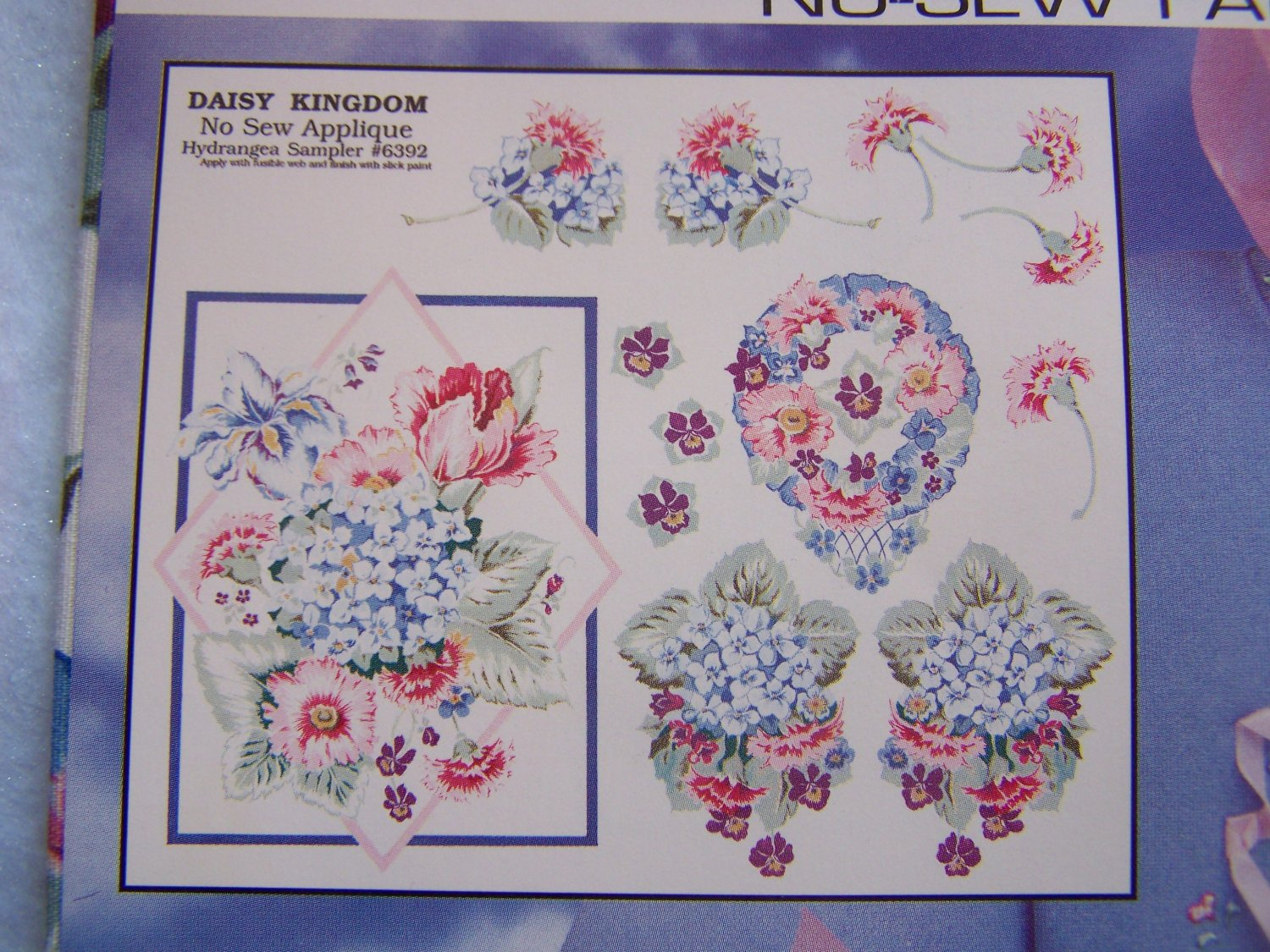 New Daisy Kingdom No Sew Fabric Applique Hydrangea Sampler # 6392
