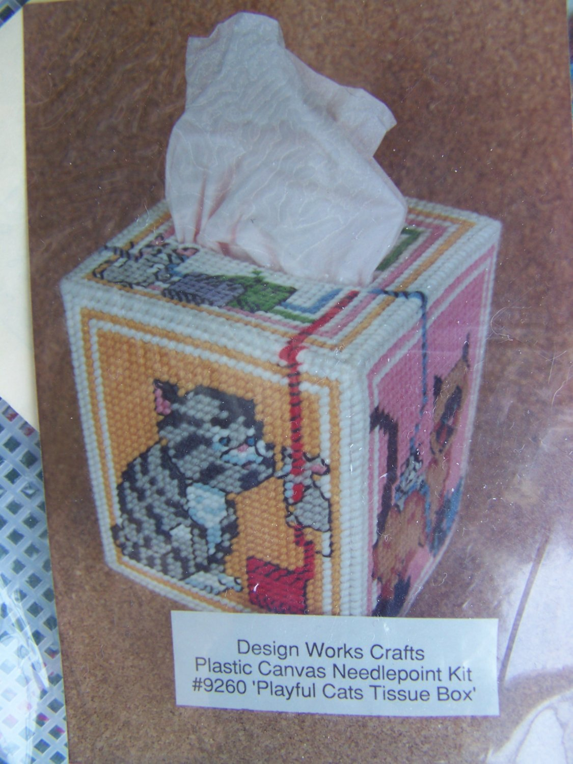 New Playful Cats Tissue Box Plastic Canvas Needlepoint Craft Kit 9260
