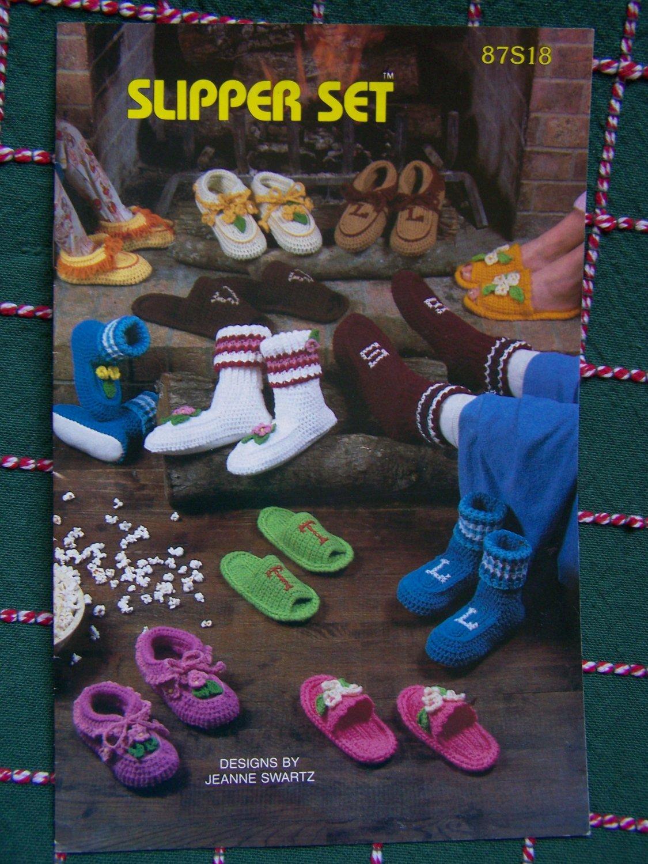USA Free S&H Vintage Annies Attic Crochet Patterns Book SLippers SLipper Socks Scuffs
