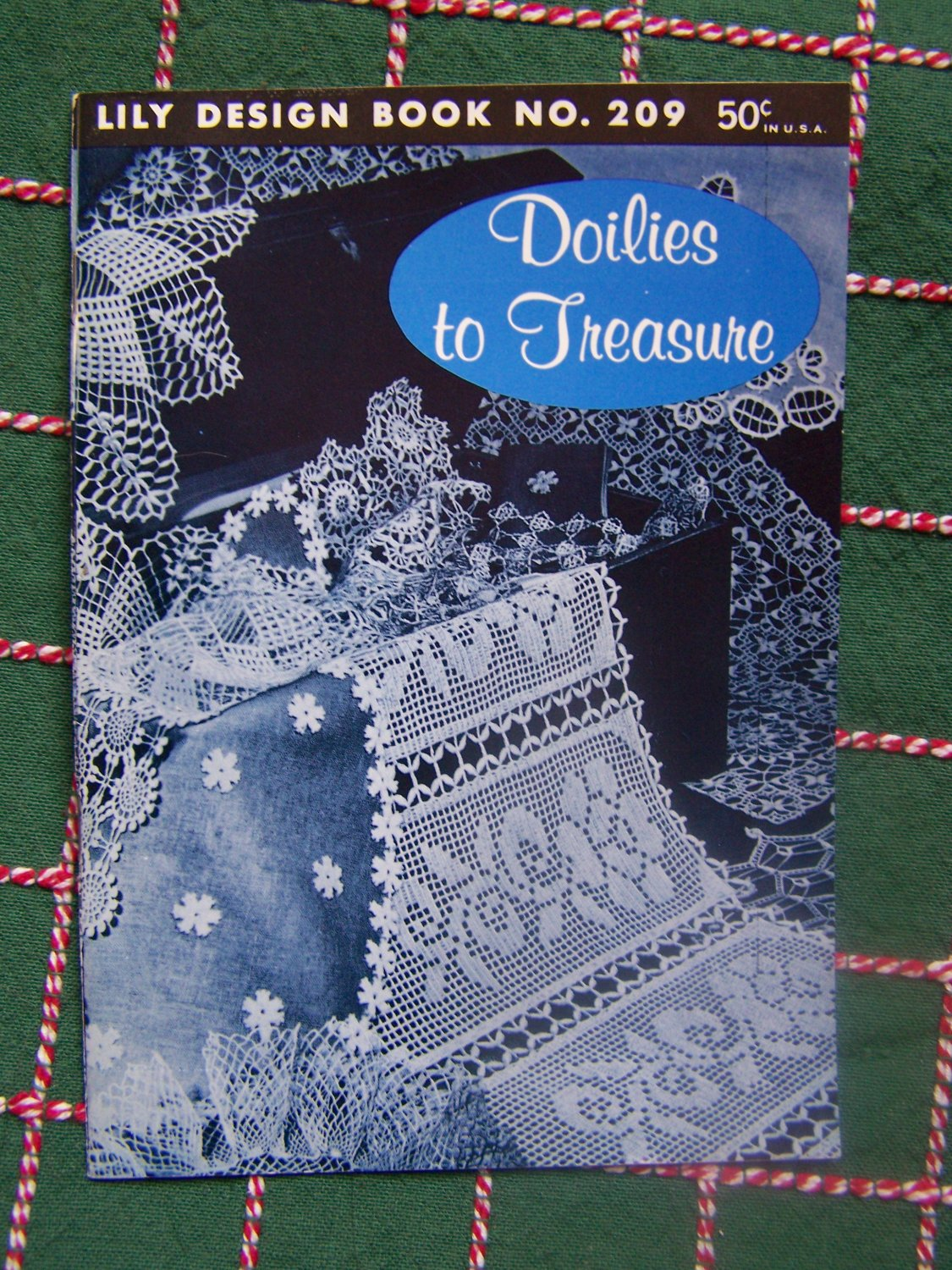 New Vintage Lily Crochet Book 209 Doilies to Treasure