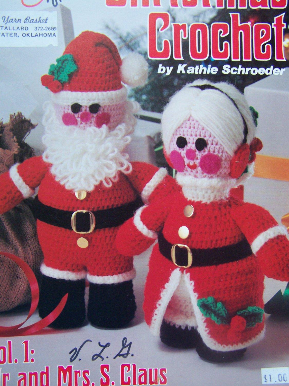 Free Crochet Santa Claus Coaster Pattern : USA Free S&H Vintage 1970s Santa & Mrs Claus Crochet ...