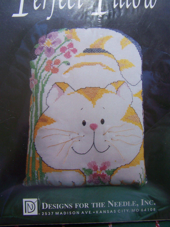 New Kitty Cat Pillow Stamped Cross Stitch Craft Kit 8811
