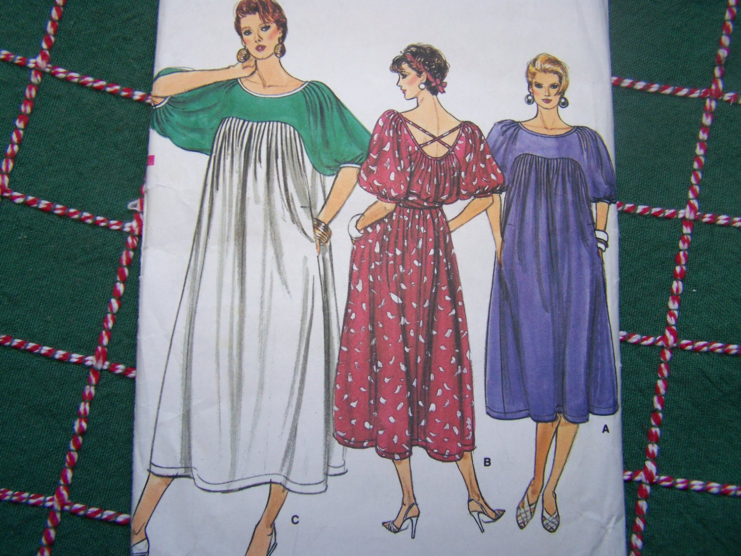 Uncut Vintage Vogue Sewing Pattern 9216 Misses XL Pullover Tent Dress Puff Sleeves