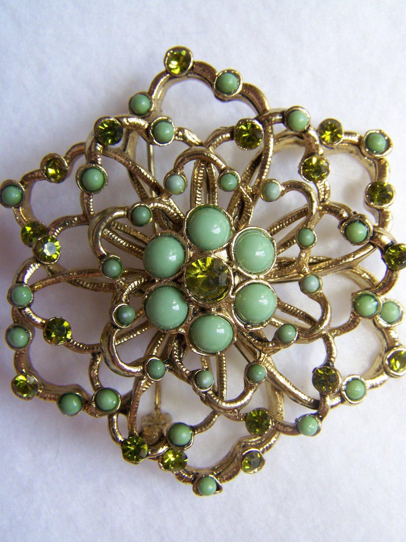 Vintage Brooch Gold & Green Flower Pin