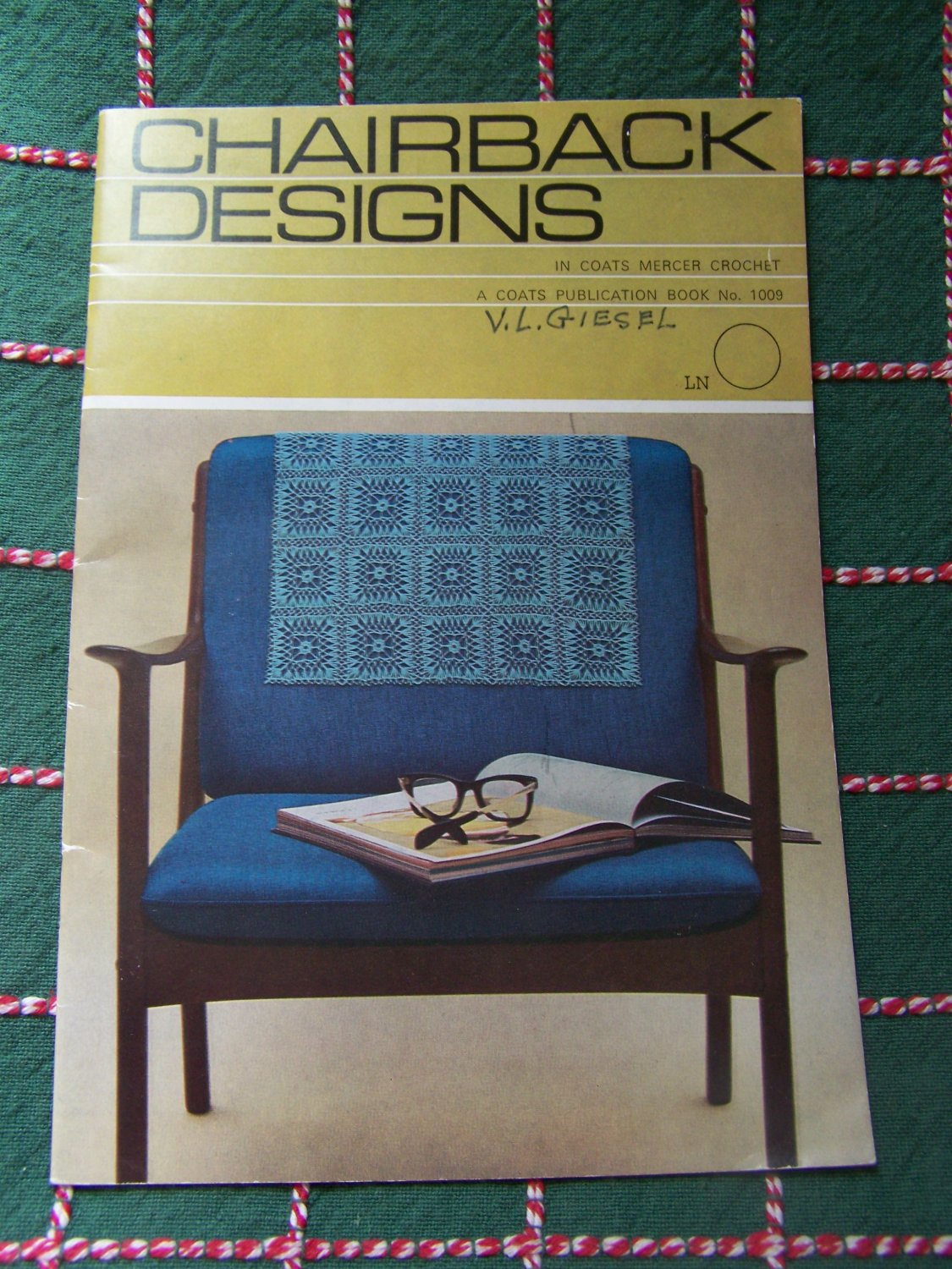 Vintage Crochet Patterns Chairback Designs Couch Doilies 1009 Free USA S&H
