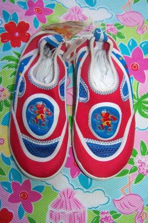 New Sesame Street Elmo Water Beach Shoes Children's XL size 12 Boys Girls