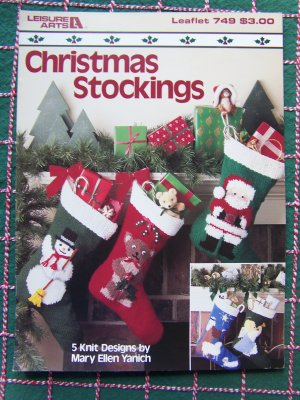 PATTERNS FOR KNITTED CHRISTMAS STOCKINGS |