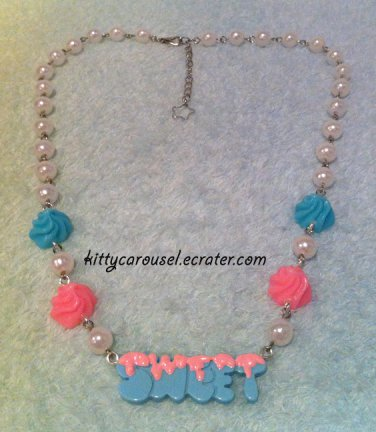 SALE Kitty Carousel sweet icing necklace mint x pink x white