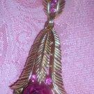 TRIFARI COLLECTIBLE FUSCHIA FLOWER PENDANT NECKLACE! CA 1960's