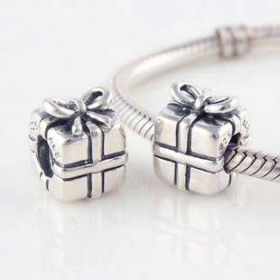 925 Sterling Silver Present Charm - fits European Beads Bracelets