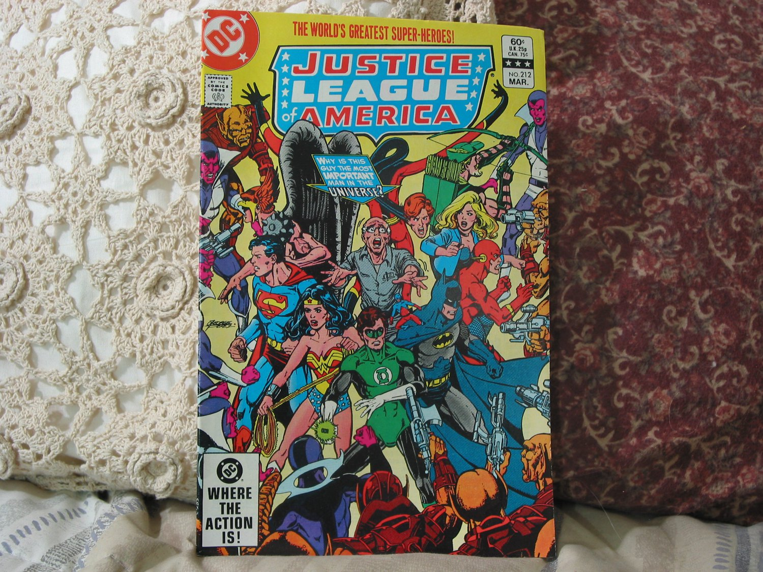 JUSTICE LEAGUE AMERICA DC Comic Book Vol 24 No 212 1983