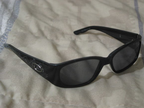 OSCAR DE LA RENTA Black Sunglasses Beach Shades Used