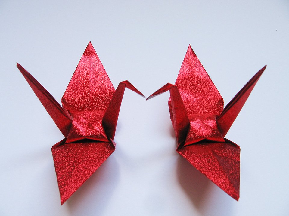 1000large shiny red origami cranes for wedding decorations for 1000 paper cranes wedding decoration