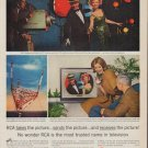 """1961 RCA Television Ad """"RCA takes the picture"""""""