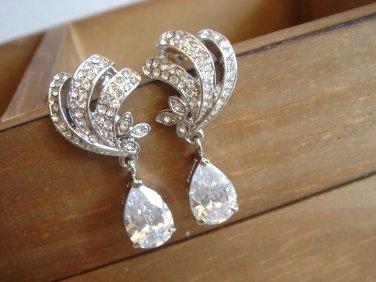 Vintage Swarovski Bridal Cubic Zirconia Earrings - Angel Scrolls Teardrop E036