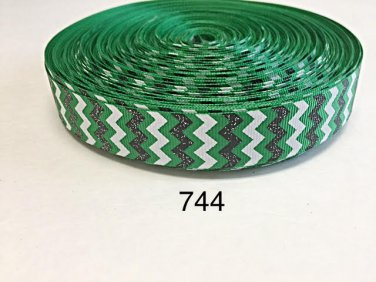"5 yard - 7/8"" Glitter Black and White Chevron on Green Grosgrain Ribbon"