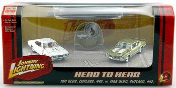 Johnny Lighting Head to Head: '68 Olds Cutlass 442 vs. '71 Olds Cutlass 442