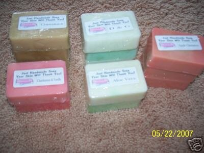 TERI'S HANDMADE SOAP / APPLE