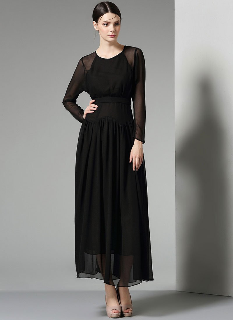 Long Sleeve Black Maxi Dress with Pointed Hip Design RM327