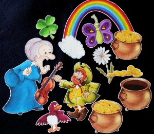 An Old Lady who Swallowed a Clover 11-pc Felt Story