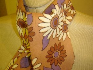 Tan - 1960's - Flower Power - tie scarf