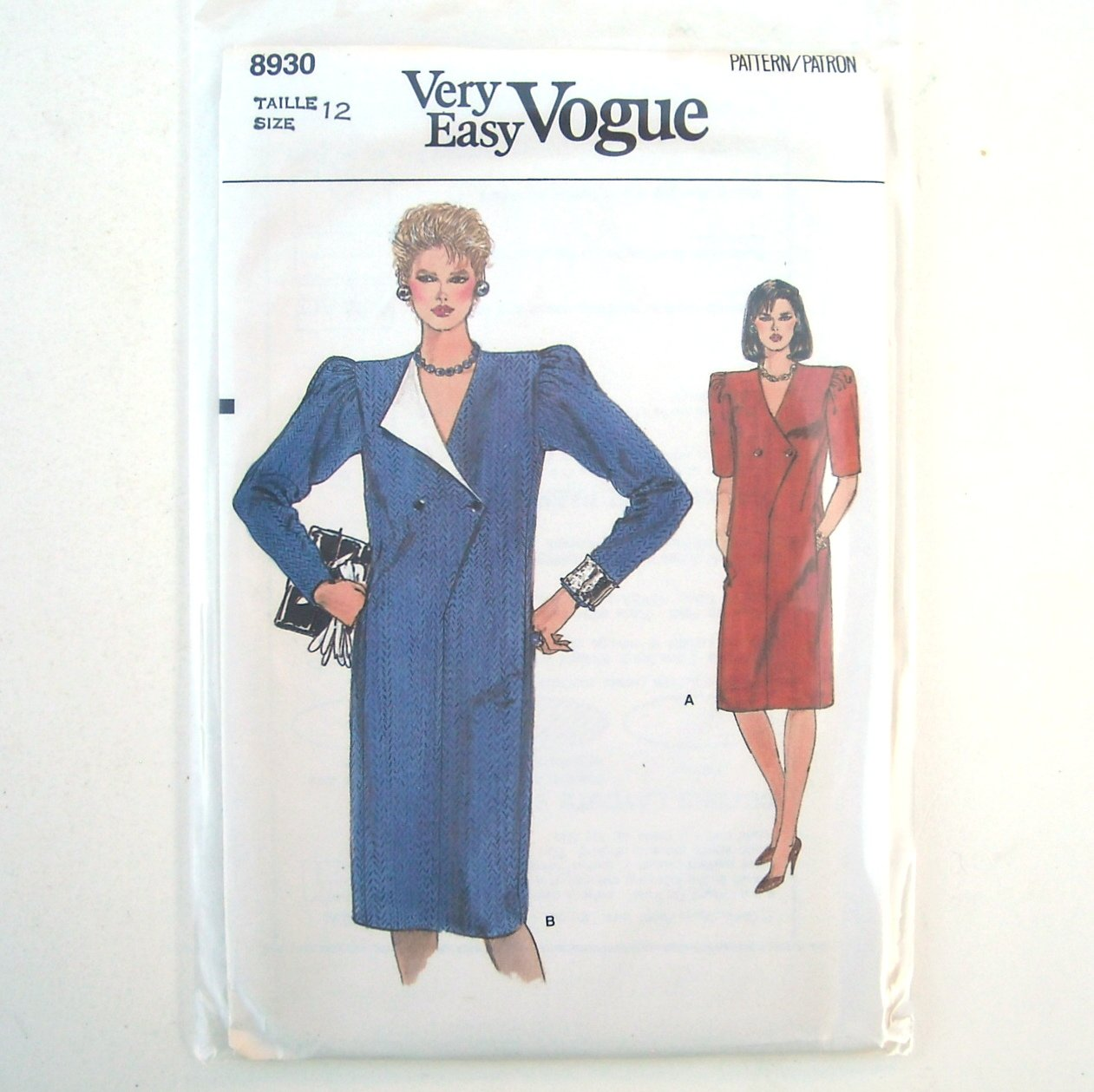 Vogue Very Easy Pattern 8930 Size 12 Misses Dress
