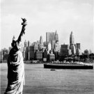 CLASSIC 1960 PHOTO STATUE OF LIBERTY QUEEN MARY SHIP NEW YORK CITY ELLIS ISLAND