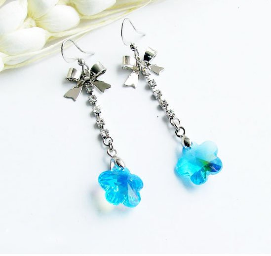 Gorgeous Greenish Blue Crystal Zircon Dangle Earrings