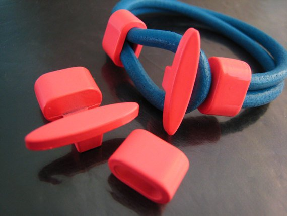 Finding - 1 Set Neon Pink T Bar Hook Loop Clasp Toggle