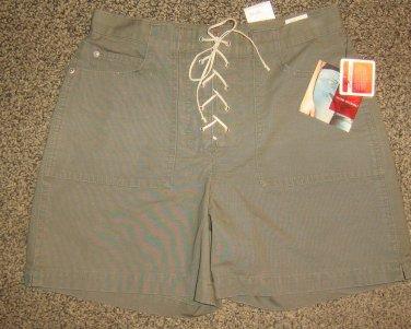 NWTS * GLORIA VANDERBILT * Womens sz 4 green SHORTS pants