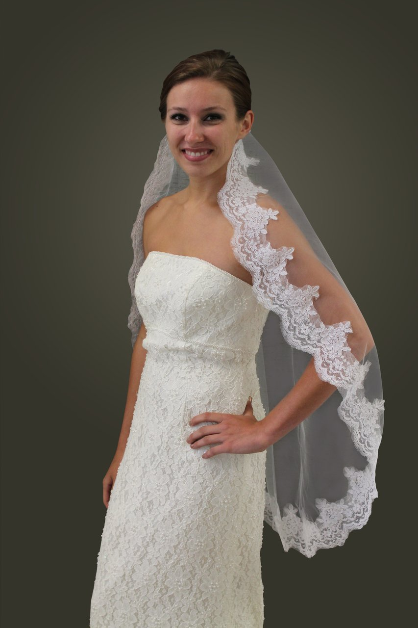 "White Alencon Lace One Tier 36"" Bridal Veil #80271-WHI"