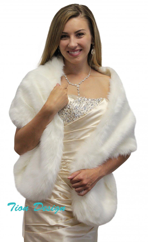 Ivory Faux Fur Stole