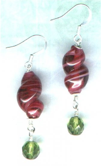"Handmade Marbled Glass Drop Beaded Earrings ""Cranberry Twist"" - PreciousThings.ecrater.com"