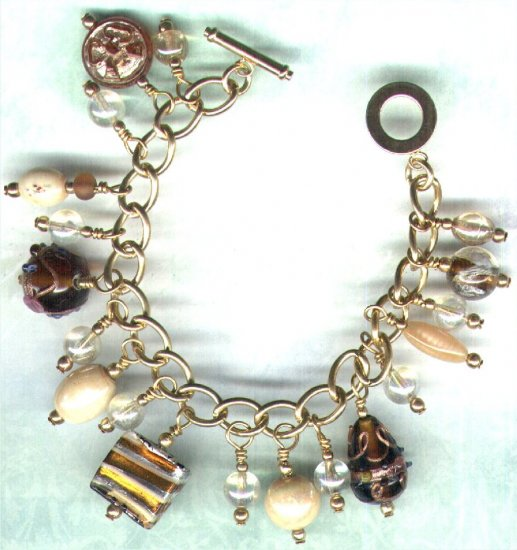 "Sweetie Box Beaded Charm Bracelet ""Creme Brulee"" - PreciousThings.ecrater.com"