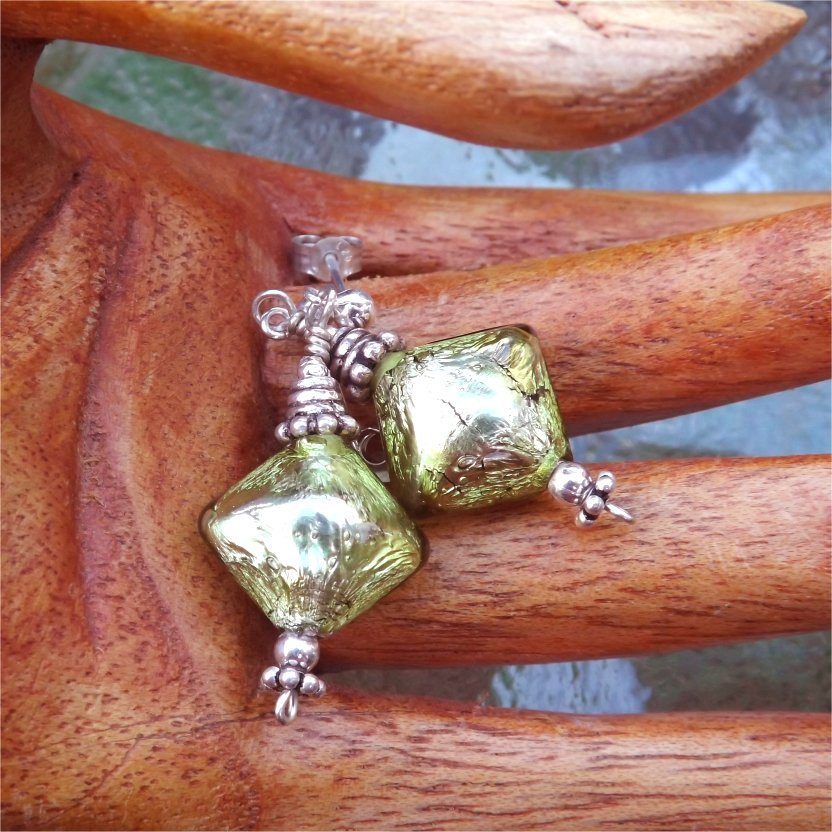 Peridot Puff Diamond Glass Beaded Post Earrings - PreciousThings.ecrater.com
