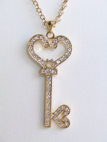 GH01 X-large Gold Crystal Heart Necklace wholesale price $8.99
