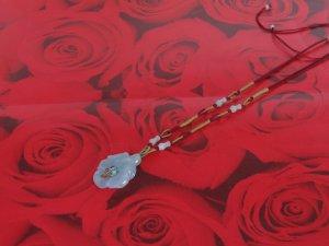 YUN03 Beautiful  flower Jade Necklace